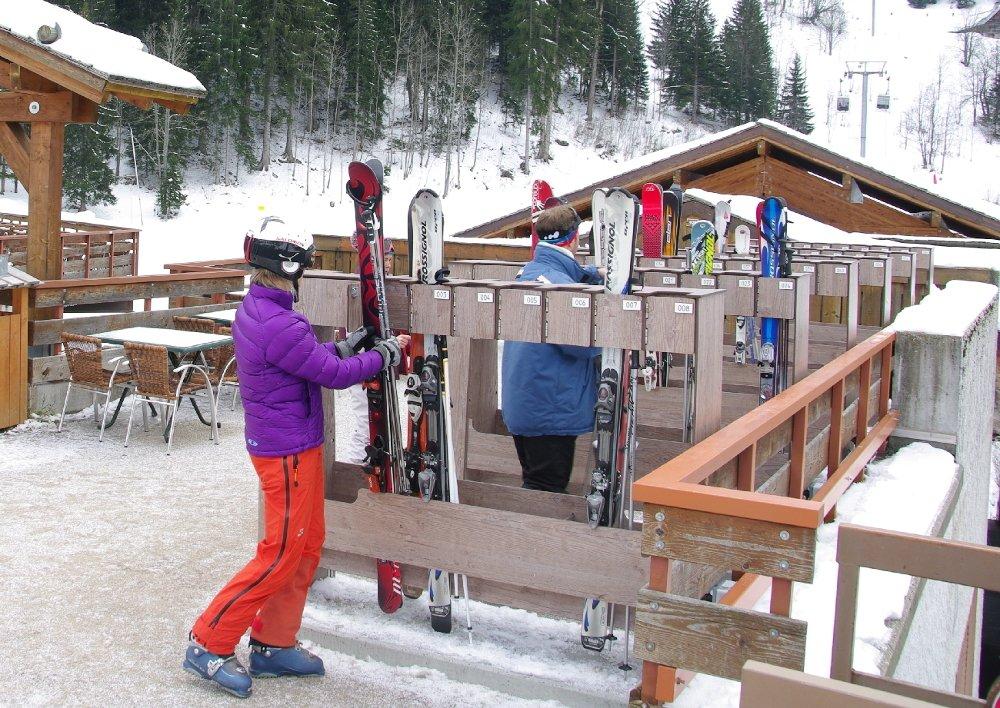 reliable smart locks for ski resorts